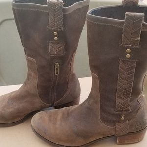 UGG Suede Leather Western Hippie Stye Boot
